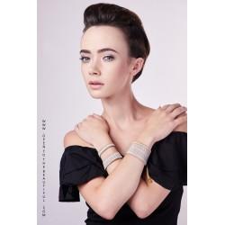 Bracelet Mini Blanc et Or situation OPEN TO THE BEAUTIFUL Bijoux de créateur Artisan d'Art Paris