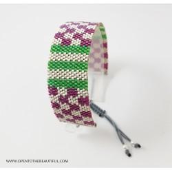 Bracelet Violet, Vert et Argent mat seul2 OPEN TO THE BEAUTIFUL Bijoux de créateur Artisan d'Art Paris