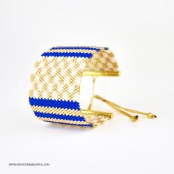 Bracelet Manchette Bleu outremer Blanc et Or seul OPEN TO THE BEAUTIFUL Bijoux de créateur Artisan d'Art Paris