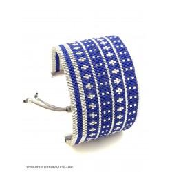 Bracelet Manchette Bleu glacier Argent seul2 OPEN TO THE BEAUTIFUL Bijoux de créateur Artisan d'Art Paris