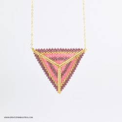 Collier ras du cou triangle Verone Rose thé, Parme poudré et or, OPEN TO THE BEAUTIFUL
